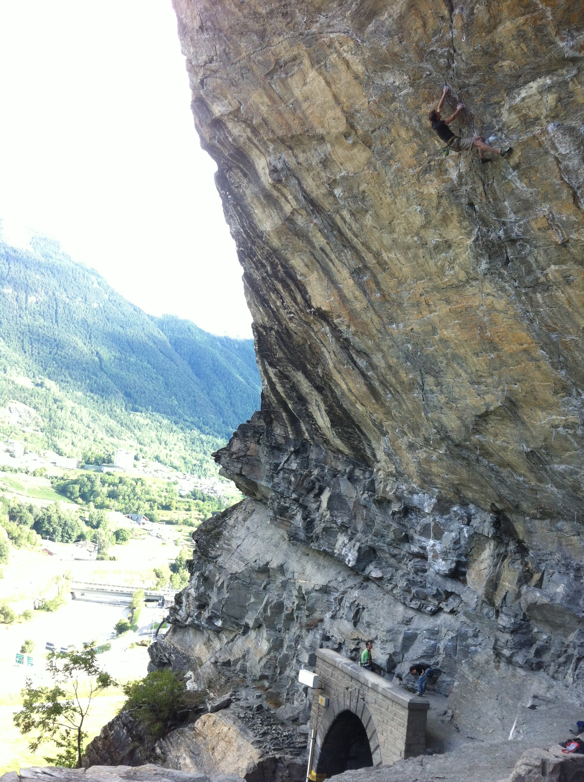 Jack Geldard climbing Parsifal at the Sarre Roof. Not the most beautiful of crags, but it certainly gets you pumped!