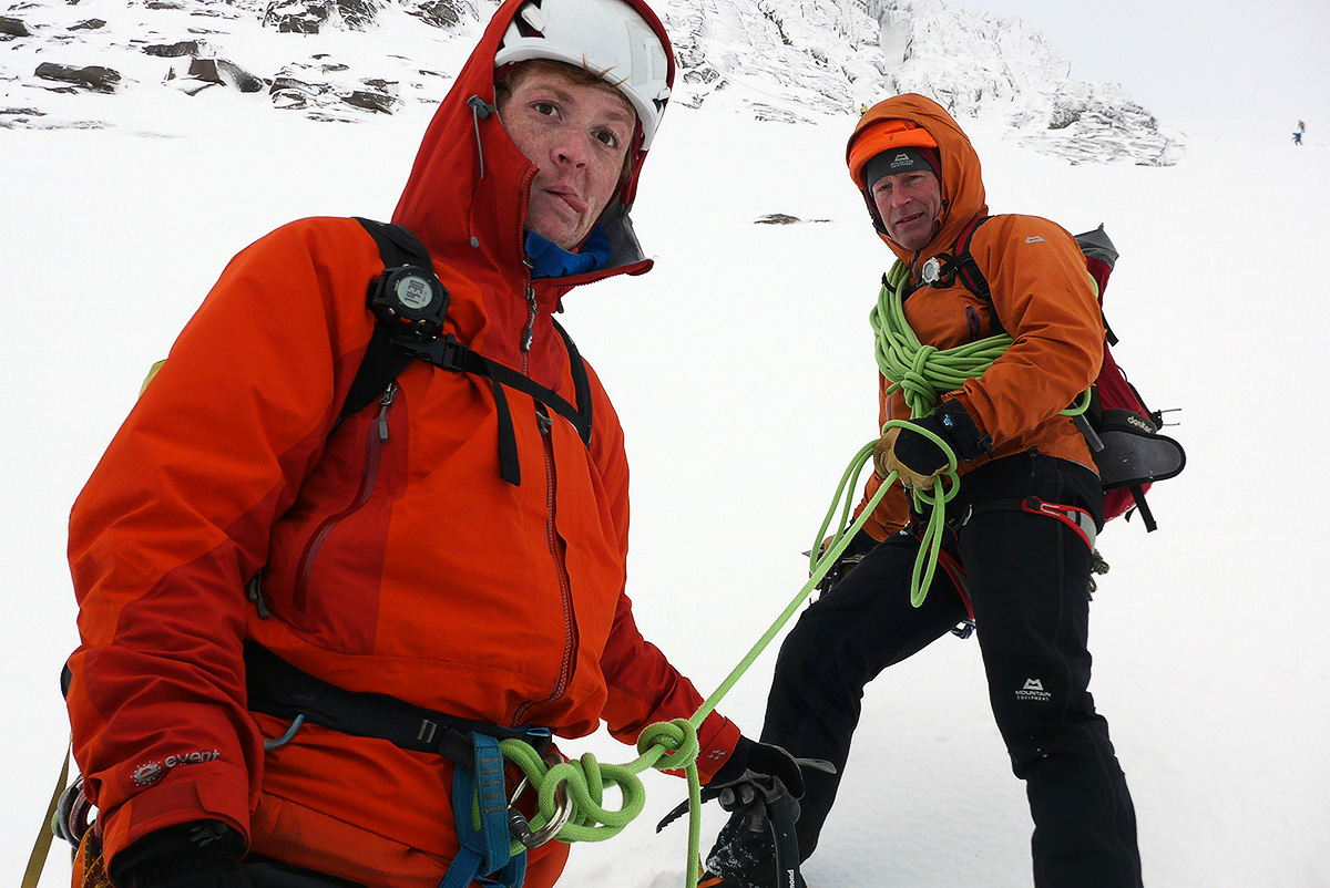 Max Cole short-ropes me and Calum Muskett in the Northern Corries.