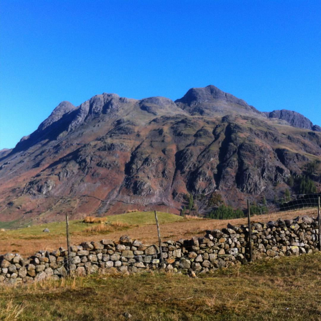 Stunning views and dry conditions in Langdale the week before the training course.